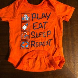 👶🏻 Play Eat Sleep Onesie